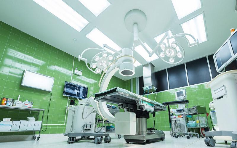 Verlichting en verdeeltechniek voor de gezondheidszorg